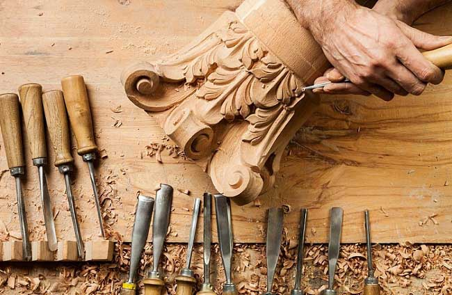 Whittling vs Wood Carving