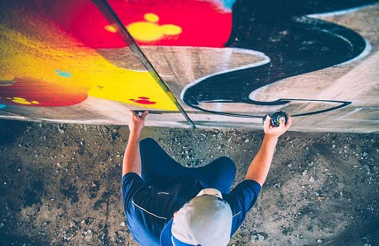 Types of Spray Paint for Graffiti