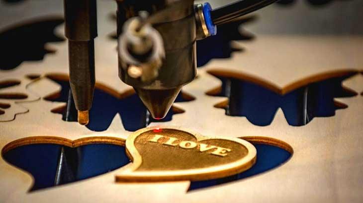 Laser Cutting vs Engraving